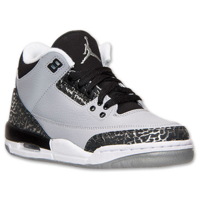 more photos 609ff dbf31 Boys' Grade School Air Jordan Retro 3 Basketball Shoes