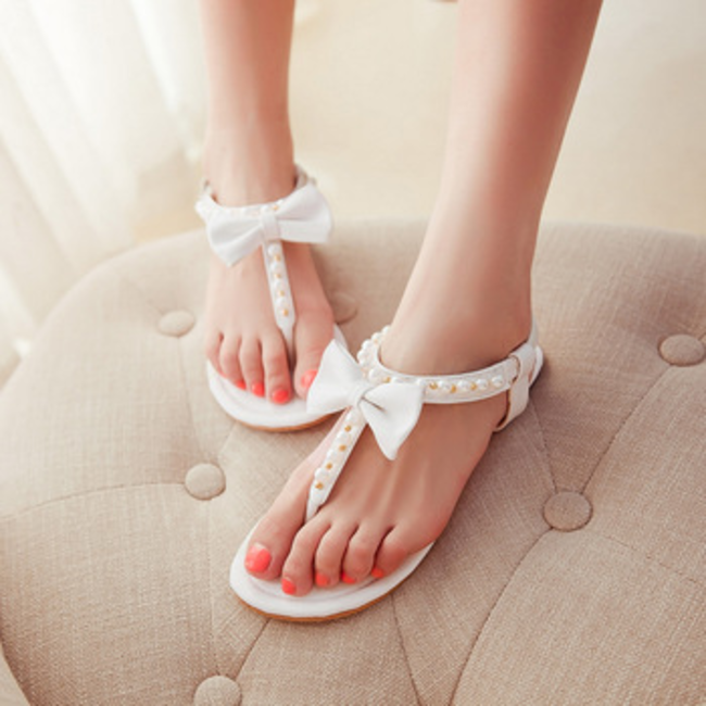fb2bdd9b132 Summer 2014 New Simple wild bow pearl beading ladies flats flip flops  sandals flat women s sanda